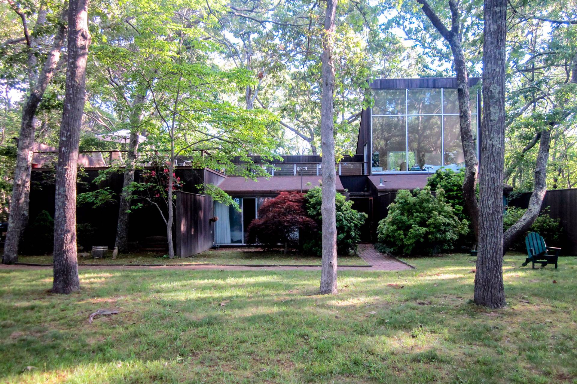 Additional photo for property listing at Silver Beach Mid Century Seclusion  Shelter Island, Nueva York