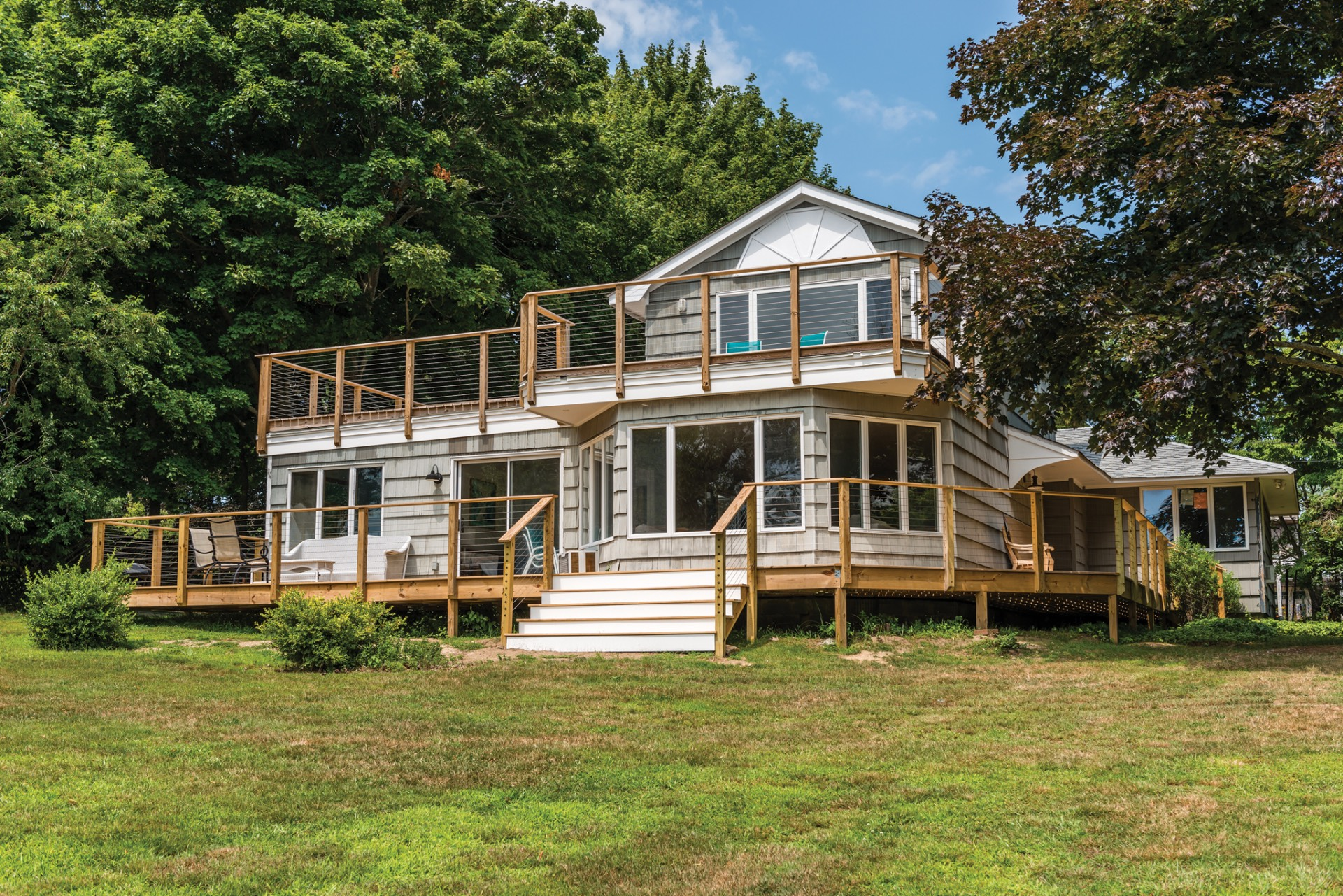 Additional photo for property listing at Soundfront Seclusion  Shelter Island, Nueva York