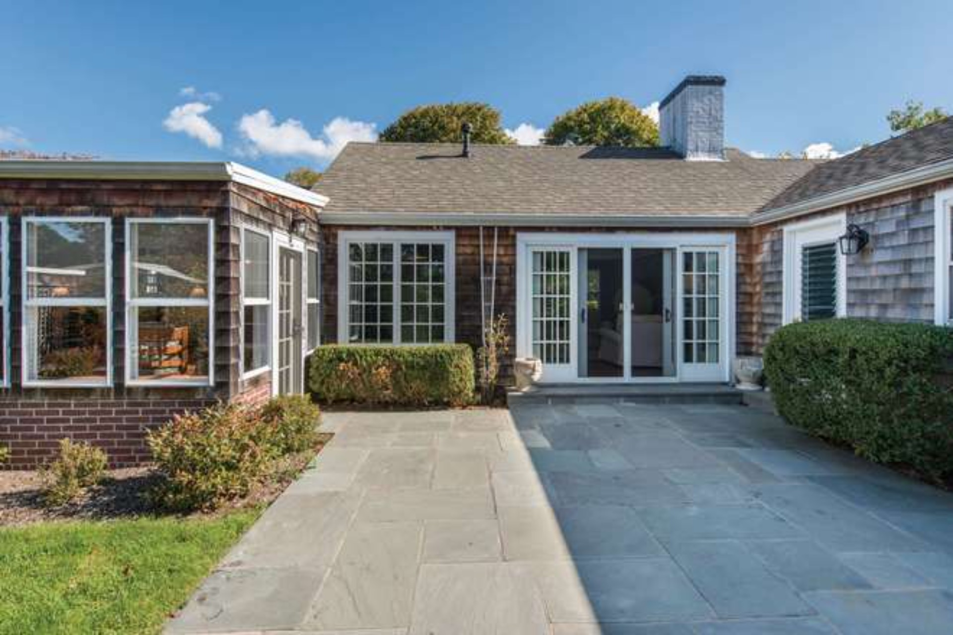 Additional photo for property listing at Amagansett South - The Lanes  Amagansett, New York